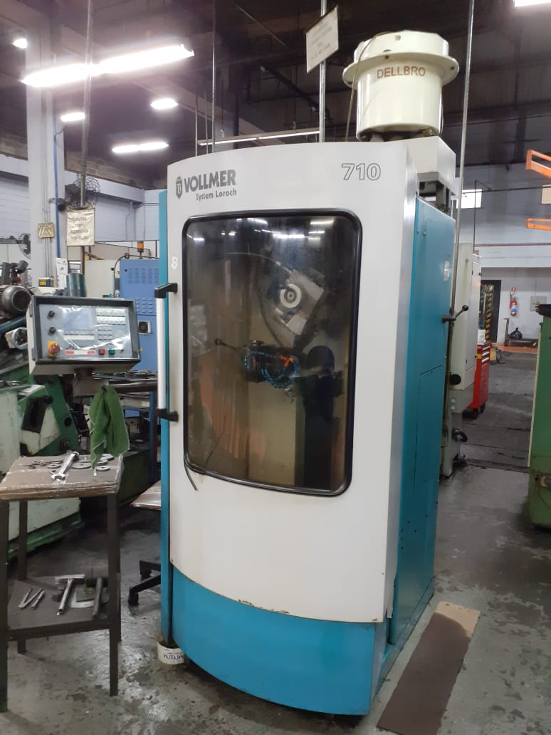 Vollmer CNC grinding machine for HSS saw blades